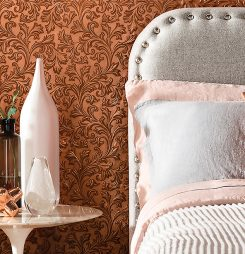 The masters of heritage craftmanship: Lincrusta